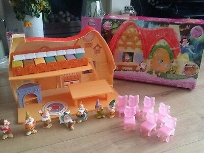 Vintage Snow White And The Seven Dwarfs Play House Rare with box