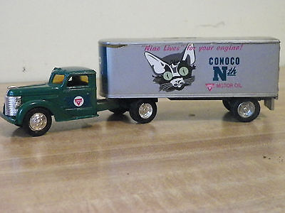 Vintage Diecast Limited  Conoco 1948Diamond T Cab Bank