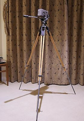 Universal (Miller) Fluid Head & Wooden Tripod In Good Working Condition For 16Mm
