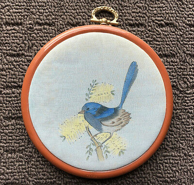 """BLUE WREN """"Hand Painted"""" Mid Brown Embroidery Hoop Framed Hangable Bird Picture"""
