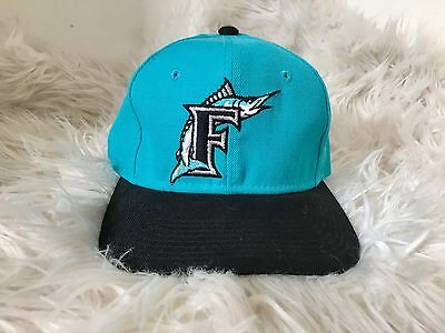 Vintage MLB Florida Marlins Sports Specialties Fitted 7 1/8 Rare NBA
