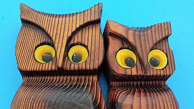 Pair of Wood Owls Wall Hanging