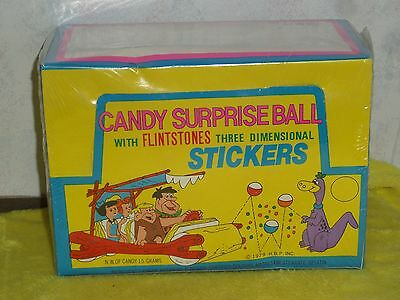 Vintage 1979 Sealed Box Of 24 Flintstones Candy Surprise Ball With 3D Sticker