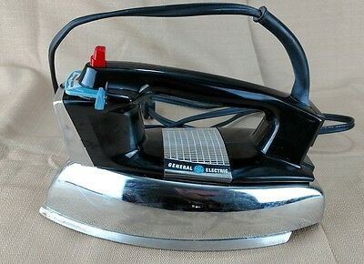 Vintage General Electric Steam Iron H7F82 Made In USA 1100 Watts