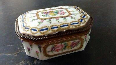 An Antique 1766 Sevre Trinket Box