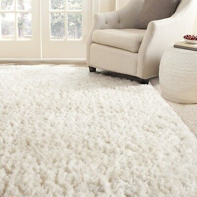 Safavieh Hand-Tufted WHITE Polyster Shag Area Rugs - SG270A