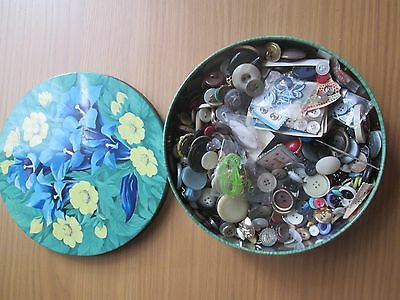 Collection of Vintage Buttons in old Tin. Craft / Sewing