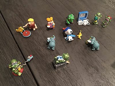 KINDER EGG SURPRISE TOYS LOT VINTAGE 80's & 90'S SNOOPY, MARTIANS & FLINTSTONES