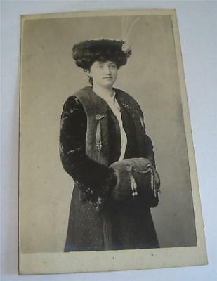 REAL PHOTO POSTCARD EDWARDIAN LADY IN FUR COAT & MUFF c 1910    68