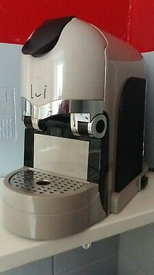 cafetiere expresso italienne Lui 4 bars