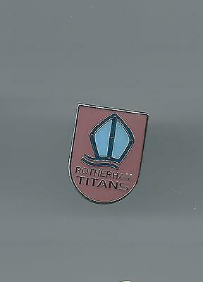 Rotherham Titans  Rugby Union Badge