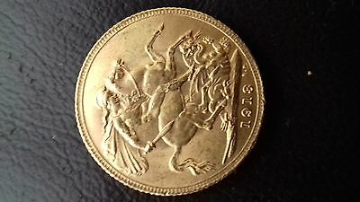 Full Sovereign gold coin 22 carat dated 1913.