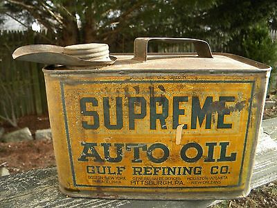 ANTIQUE 1920's SUPREME AUTO OIL GULF REFINING CO. 1 GALLON METAL CAN WITH LID.