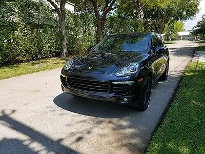 2015 Porsche Cayenne S 2015 Cayenne S Sport Moonlight Metallic Factory Warranty Panoramic Roof