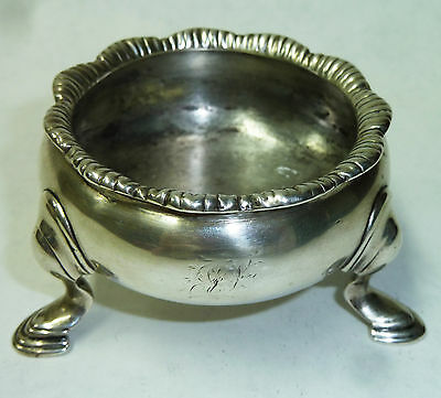 Antique George II Solid Silver Salt Bowl - Hallmarked London 1737 - 80g