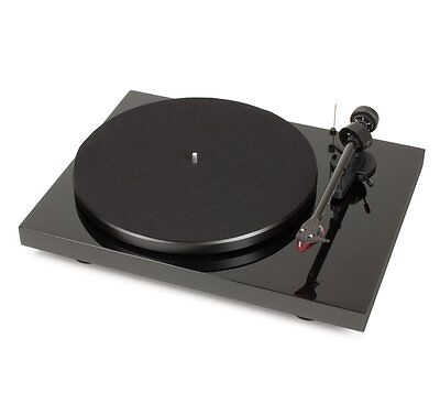 Pro-Ject Debut Carbon Premium WITH Ortofon 2M RED Turntable Black