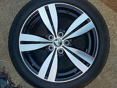 Set of 4 Holden Commodore VF Storm 18 inch wheels and tyres