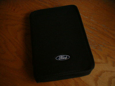 Ford Focus Owners Manual   Year 2001  De Luxe With All Papers In French