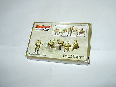 Preiser  WWII German 5 figure set. HO. Boxed. Unpainted. New old stock.