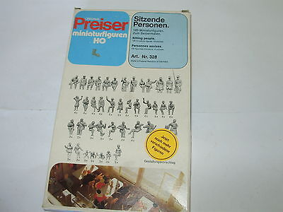 Preiser # 328. seated figures x 120. HO. Boxed. Unpainted. New old stock.
