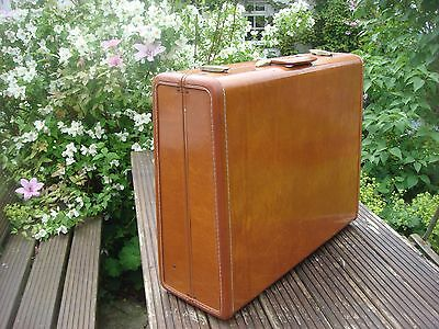 Vintage Samsonite Streamlite Suitcase, Brown Leather Suitcase. 60 x 50 x 20 cms