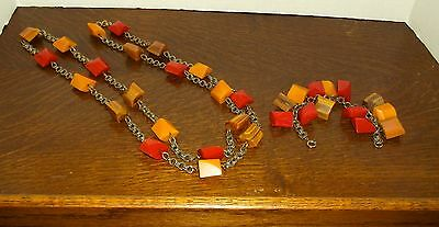 Vintage Bakelite Set Necklace & Bracelet Beautiful! 2 pc. set Tested