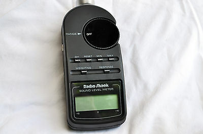 Radio Shack 33-2055 Digital Sound level Meter with case and manual