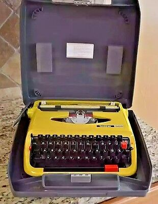 Vintage Brother 440TR Portable Manual Typewriter English German Yellow With Case