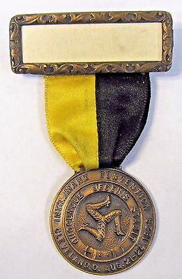 1928 Cleveland Ohio MANX CONVENTION Isle of Man ribbon medal badge +