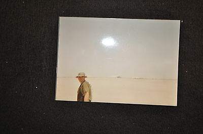 EARLY OPERATION IRAQI FREEDOM 1st ARMORED DIVISION PHOTO - SOLDIER IN THE DESERT