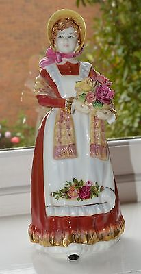 *** royal doulton figurine OLD COUNTRY ROSES ***