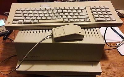 Vintage Apple //gs Computer IIgs  & (2) Expansion Cards Installed. plus more