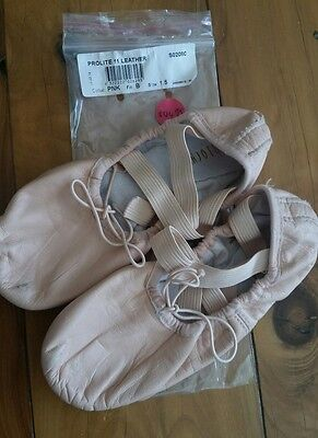 Girls Bloch Pink Ballet Shoes Size 1.5B in EUC