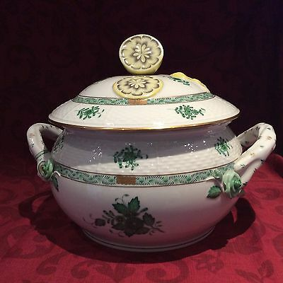 HEREND APPONYI LARGE SOUP TUREEN 125 yr anniversary (1964) excellent condition