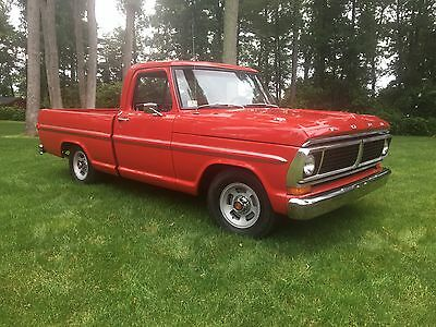 1970 Ford F-100 Standard Cab 1970 Ford F100 Pick Up, Short Bed, Fleetside, 2wd 302V8 3spd column stick shift