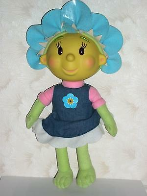 "FIFI & THE FLOWER TOTS 14"" FIFI GIGGLES & SHAKES! suggested age 2+"