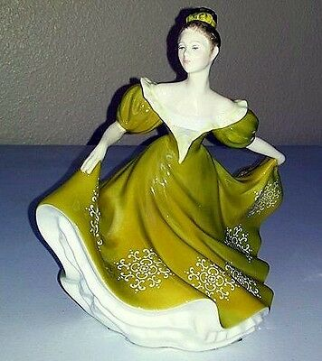 "ROYAL DOULTON - FULL SIZED -  Figurine HN2329  ""LYNNE"" 1970 - in Mint Condition"