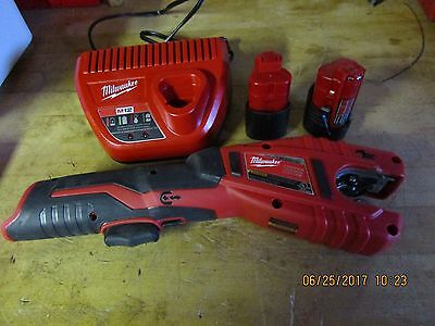 Milwaukee M12 2471-20 12V Cordless Copper Tubing Cutter Batteries Charger