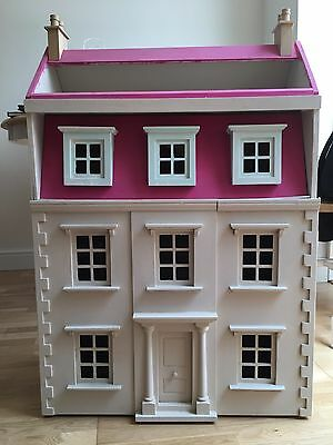 Large Dolls House Complete With Quality Furniture And Dolls