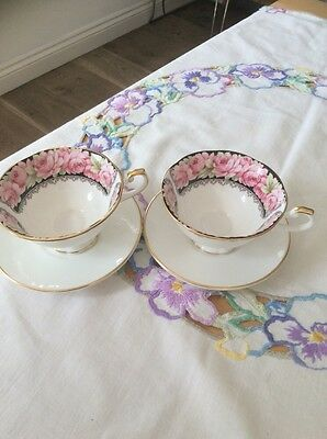 2 Pretty Vintage Queens China Cups And Saucers Pink Roses Excellent