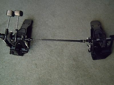 DOUBLE BASS DRUM PEDAL, DOUBLE CHAINED. Very good condition...