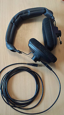 Beyerdynamic DT100 heaphones tracking mixing headphones 400 ohms black mint cond