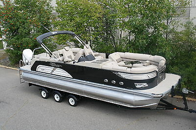New 27 Ft Tahoe Vision pontoon boat with 300 Verado Mercury and trailer