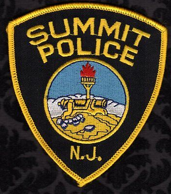 Summit New Jersey Police Shoulder Patch   FREE USA SHIPPING