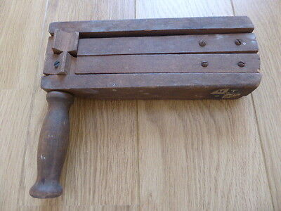 Wwii 1939 Arp Rattle,gas Warning,air Raid Warning,clements,ww2,wooden,vintage