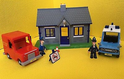 Postman Pat Pc Selby And Police Car And Police Station Bundle
