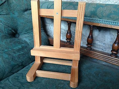 Art Easel - Small Print Table Top Wood Artist Painting Stand