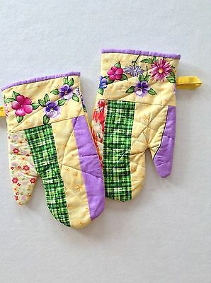 Oven Mitts, Handmade, Quilted, Yellow, 100% Cotton.
