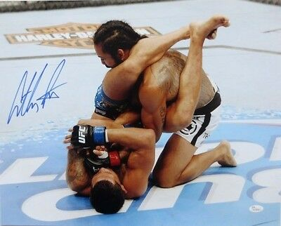 Anthony Pettis 16x20 Signed/Autograph with COA