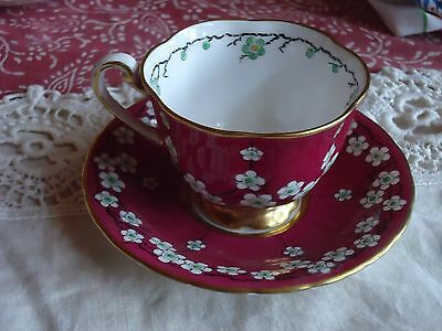 Royal Chelsea China Tea Cup England 5365 Red Floral
